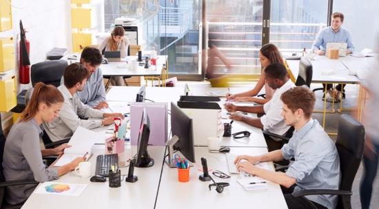 库克等美CEO认为回办公室上班创造力更高专家No
